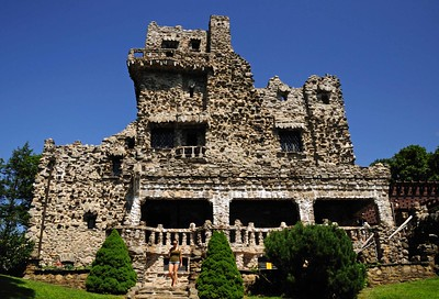 Limousine and car service in Connecticut to Gillette Castle State Park