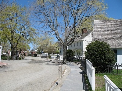 Limousine and car service in Connecticut to Mystic seaport